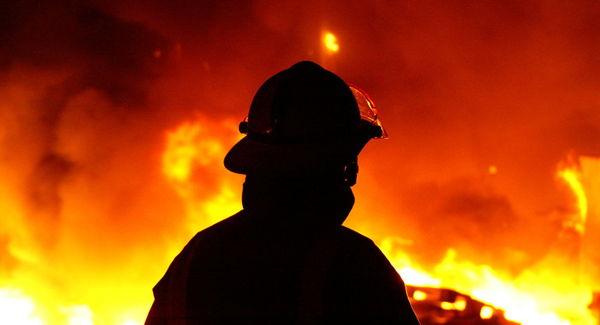 آتشسوزی در مخزن ۲۰۰۰ لیتری متانول در مشهد
