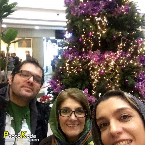 الیکا عبدالرزاقی در کنار مادر و برادرش بوژین+عکس