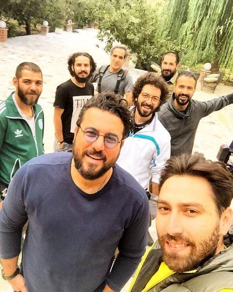 محسن کیایی در جمع دوستانش + عکس