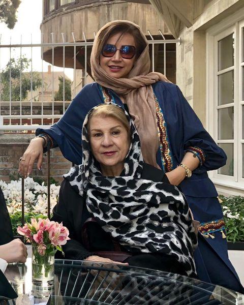 عکس شبنم قلی خانی و مادر زیبایش