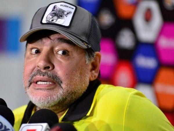 مارادونا: تیم ملی آرژانتین پر از خائن است!