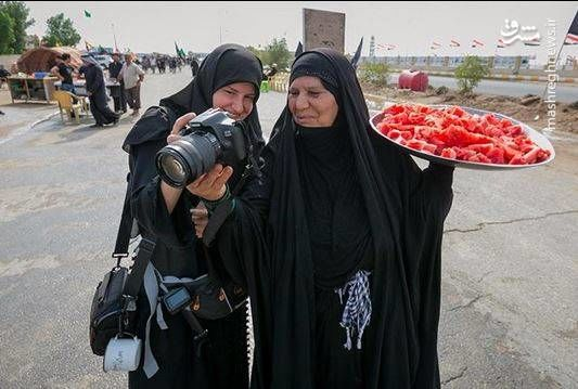 مادر عراقی که دو پسرش در ایران شهید شدند