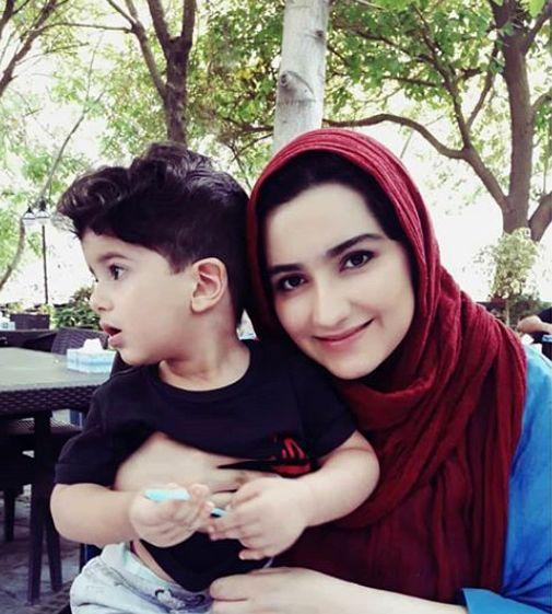 زهرا خاتمی و پسر بانمکش+عکس