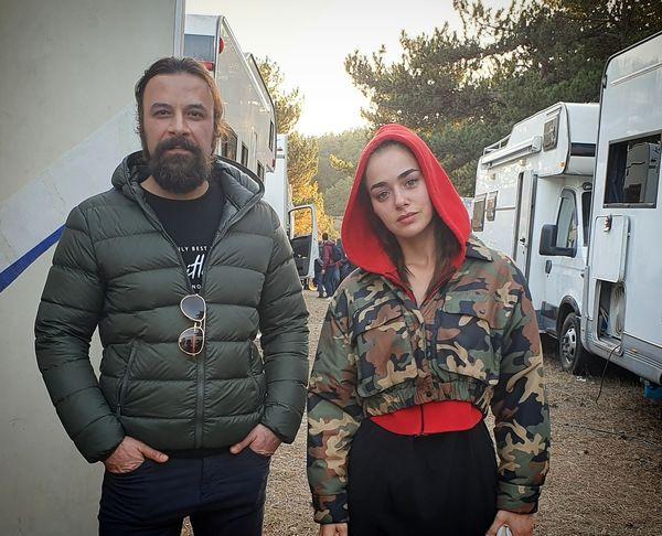 حسام منظور در کنار بازیگر زن ترک + عکس