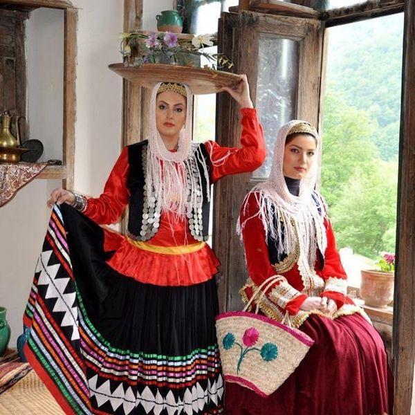 لباس های محلی متین ستوده و دوستش + عکس
