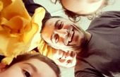 سلفی خانوادگی فلامک جنیدی + عکس