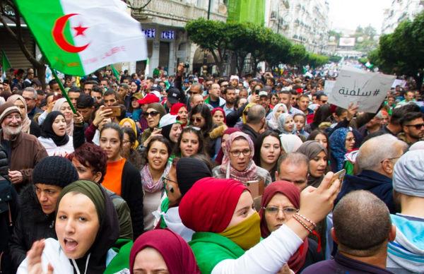 عربستان، امارات و مصر استبداد به خاورمیانه صادر می کنند