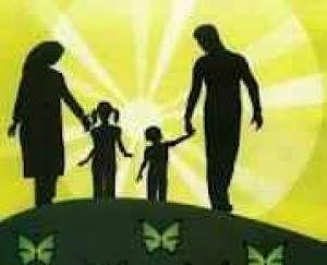 خانواده با وجود همه مسائل هنوز رکن مستحکم جامعه است