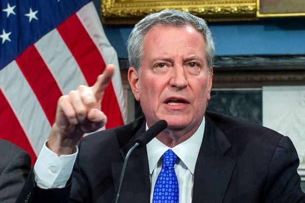 شهردار نیویورک، ترامپ را تهدید به شکایت کرد