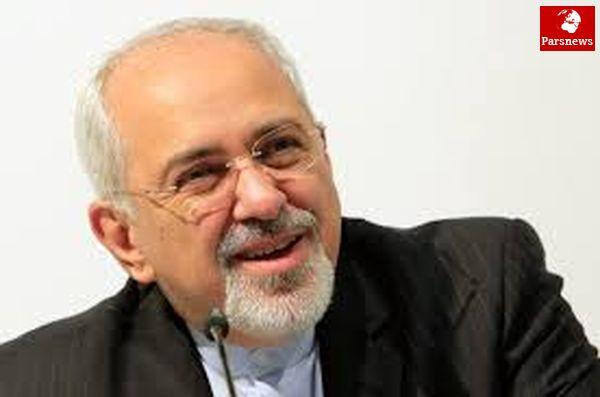 ظریف مهمان شیرخوارگاه نرگس اصفهان شد