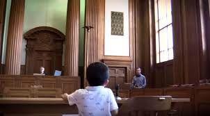 حاضر شدن کودک یکساله هندوراسی در دادگاهی در آمریکا