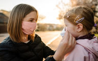 کودکان بالاخره باید ماسک بزنند یا نزنند؟