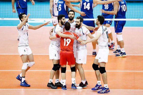 تیم ملی والیبال ایران با باخت مقابل برزیل یک پله صعود کرد