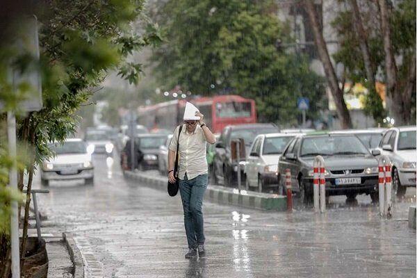 بارندگی در شرق و غرب