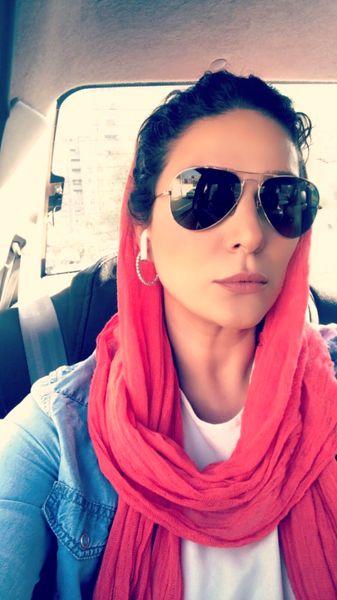 سلفی جدید سحر دولتشاهی در ماشین + عکس