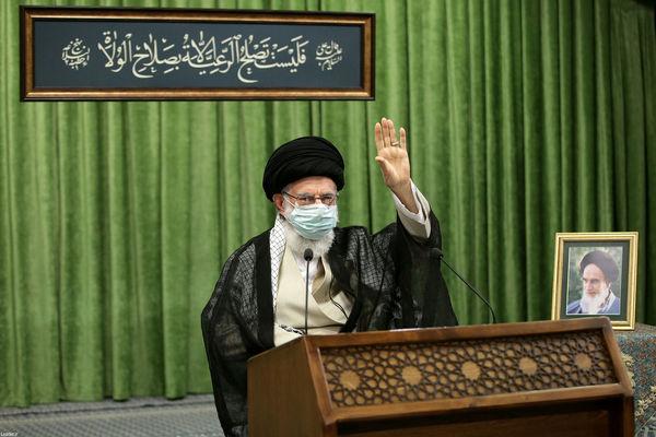 ترجمه کتیبه نصب شده در دیدار امروز رهبر انقلاب+عکس
