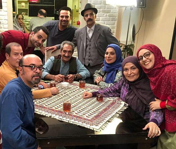 جمعی از بازیگران طنز در پشت صحنه فیلم جدید+عکس