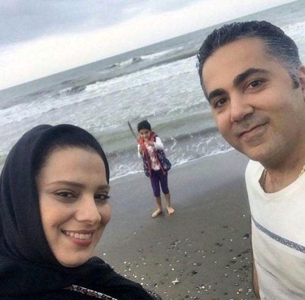 روشنک عجمیان با همسر و دخترش لب دریا + عکس