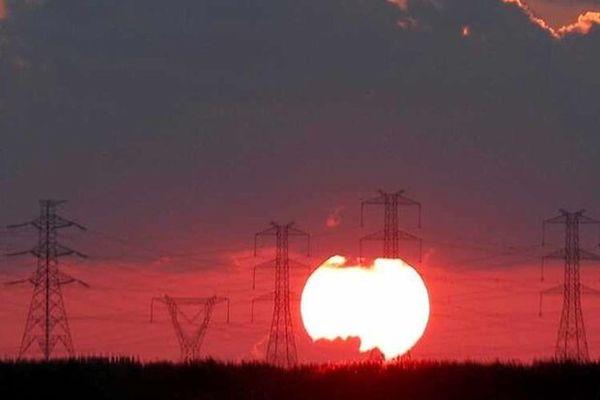 تمدید سه ماهه معافیت عراق برای واردات انرژی ایران
