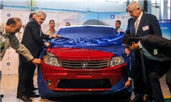 چه کسانی از تضعیف خودروساز ایرانی سود میبرند؟