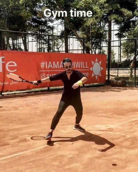 تنیس بازی کردن کاوه سماک باشی + عکس