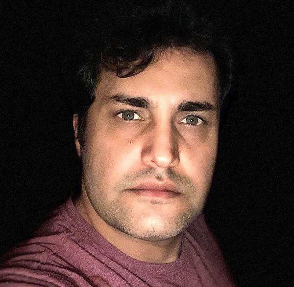 امیرمحمد زند در تاریکی + عکس