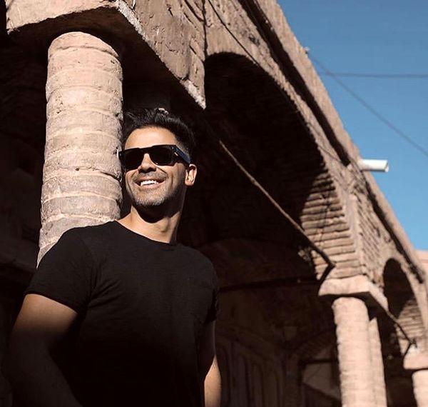 سیروان خسروی در بنایی قدیمی + عکس
