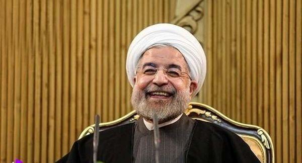 آقای روحانی! مدیریت کشور با تعارف و مزاح ممکن است؟