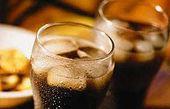 با خوردن این نوشیدنی خوشمزه 4 بیماری را به بدنتان دعوت میکنید