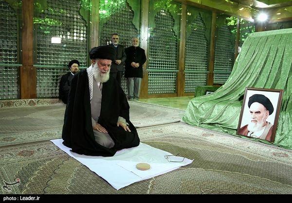 حضور امام خامنهای در مرقد امام خمینی (ره) و گلزار شهدا