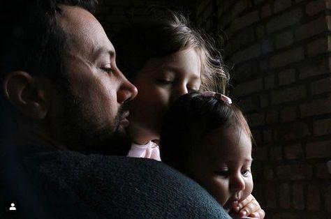 عاشقانه های شاهرخ استخری با دخترانش + عکس