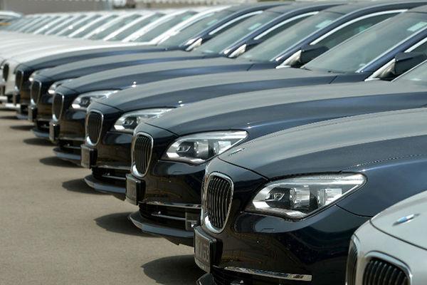بر اساس لایحه بودجه ۹۸، ممنوعیت واردات خودرو در سال آینده ادامه دارد