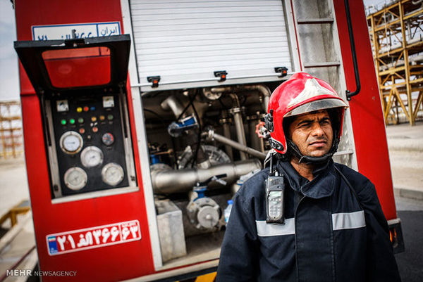 آتشسوزی در یک مجتمع نمکزدایی نفت ایران