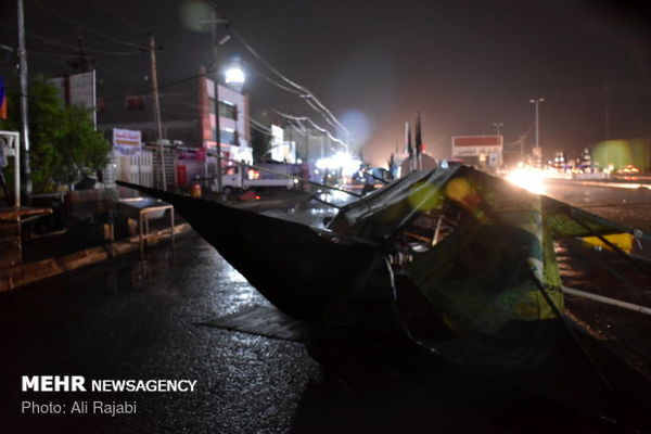 طوفان باسرعت ۷۵کیلومتر در مرز مهران