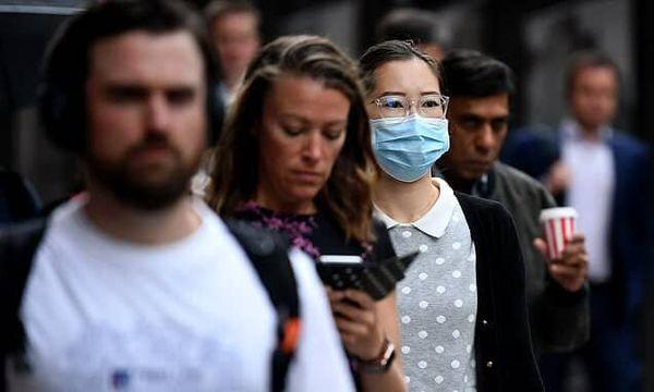 افرادی که نگران تغییرات آبو هوا هستند، ماسک میزنند!