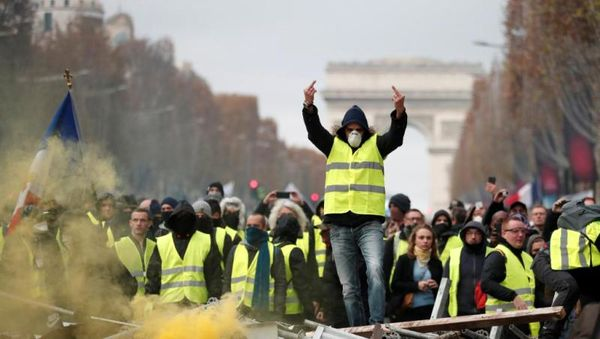 موج جدید اعتراض در فرانسه / مکرون درمانده