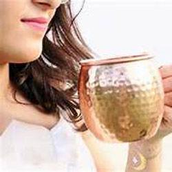 فایده نوشیدن آب در لیوان مسی