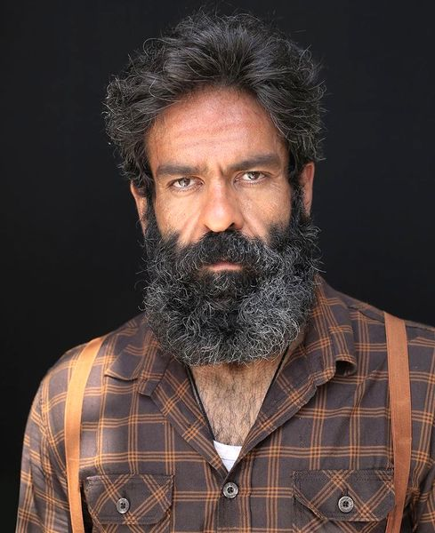 ظاهر عجیب و غریب بانی پال خان + عکس