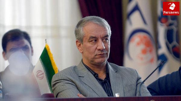 بهعنوان عضو هیئت اجرایی AFC اعلام میکنم که تیمهای ایرانی باید در خانه خود از همه بازیها میزبانی کنند