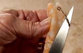 صحیح ترین روش پاک کردن ماهی و میگو