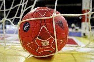 مهد هندبال کشور توپ استاندارد برای تمرین ندارد!