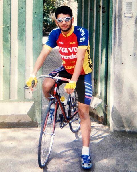 دوچرخه سواری حرفه ای آقای مجری+عکس