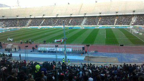 حضور مأموران زن در ورزشگاه آزادی+عگس