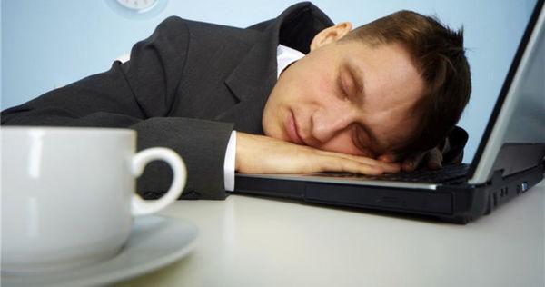 با دلایل مهم خستگی مفرط آشنا شوید