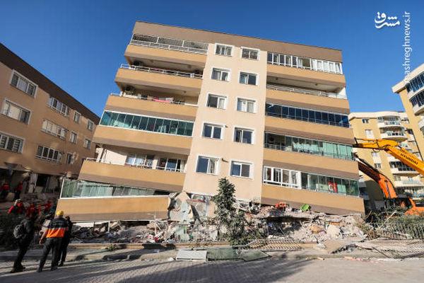 نگه داشتن ساختمان با جرثقیل+ تصاویر