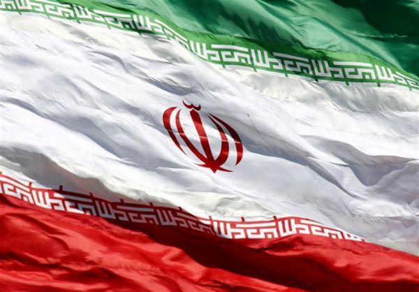 پرچم هر کشوری ناموس آن محسوب میشود