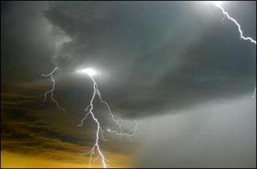 رگبار باران در ارتفاعات البرز
