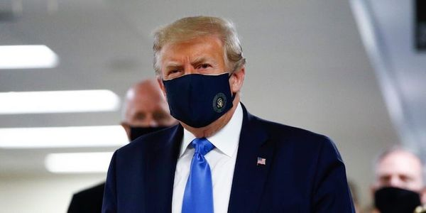 ترامپ سرانجام ماسک زد