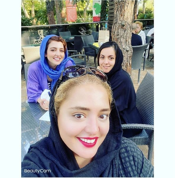 گشت و گذار نرگس محمدی با خواهرش + عکس