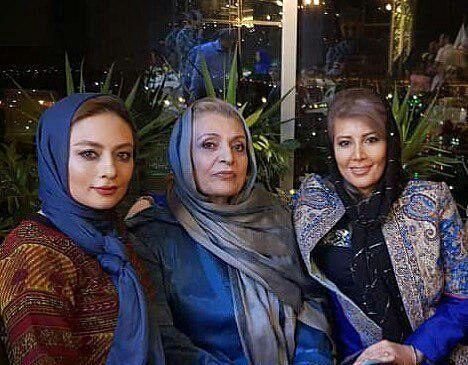 گردش زنانه یکتا ناصر با مادر و خواهرش+عکس